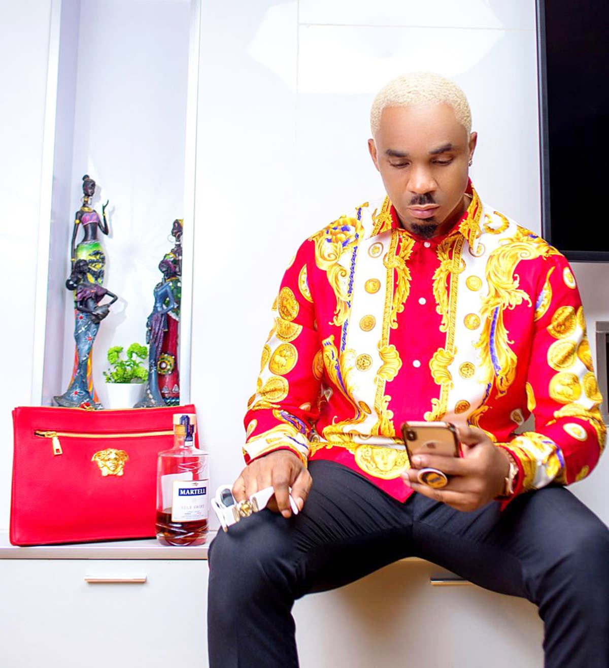 Nigerians react as Pretty Mike attends wedding with babies [VIDEO]