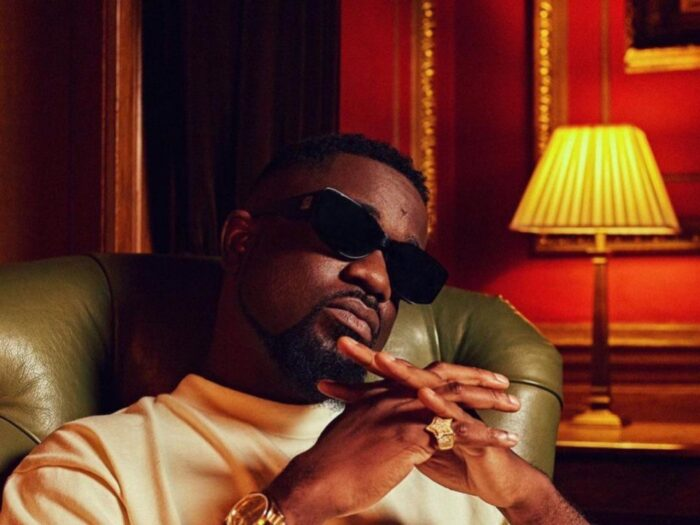 Sarkodie Apologizes to Fans for Postponing Album Release, to Drop New Single on Friday